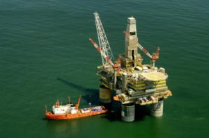 Ropná plošina pro těžbu na moři